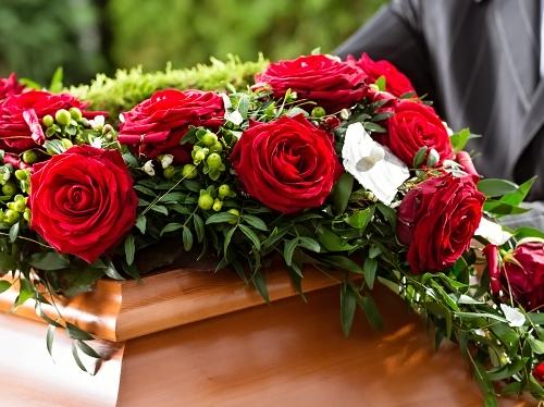 Что нужно для похорон женщины