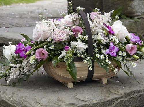 Цветы на похороны женщине